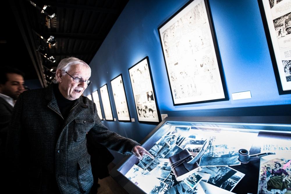 Exposition Manara, Espace Franquin. Milo Manara visite son exposition.