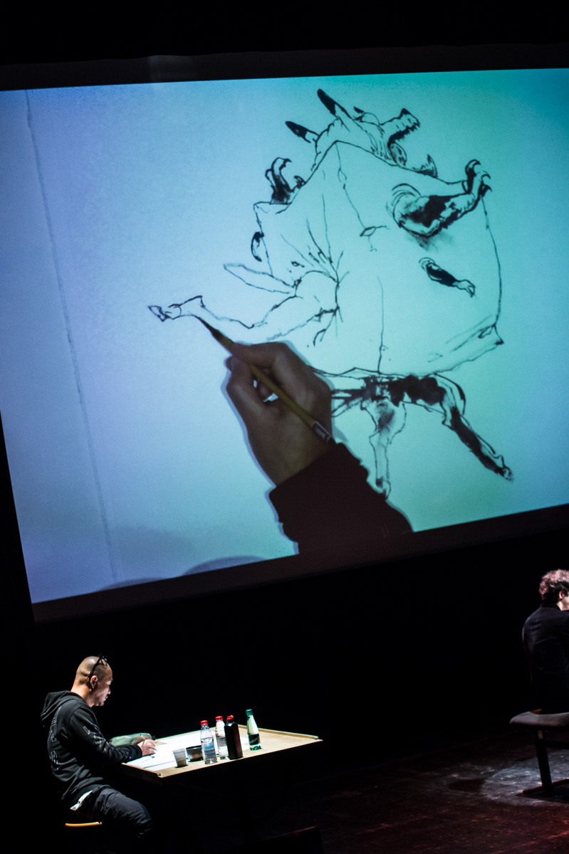 Concert de dessin, Monstres d'Asie, avec L'Orchestre de Paris, Kim Jung GI (Corée du Sud).